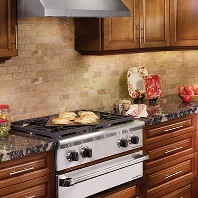 The Legend Series Model of American Range's Gas Range Top mixes the power and versatility you've come to expect. Learn More Today at NW Natural Appliance Center of Portland!